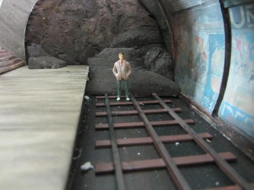 Then I started to build the tunnel, beginning with the 'damaged' tunnel